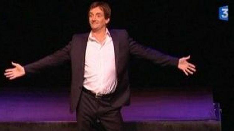 """Pierre Palmade, seul en scène au Palace avec """"Je n'ai jamais été aussi vieux""""  (Culturebox)"""