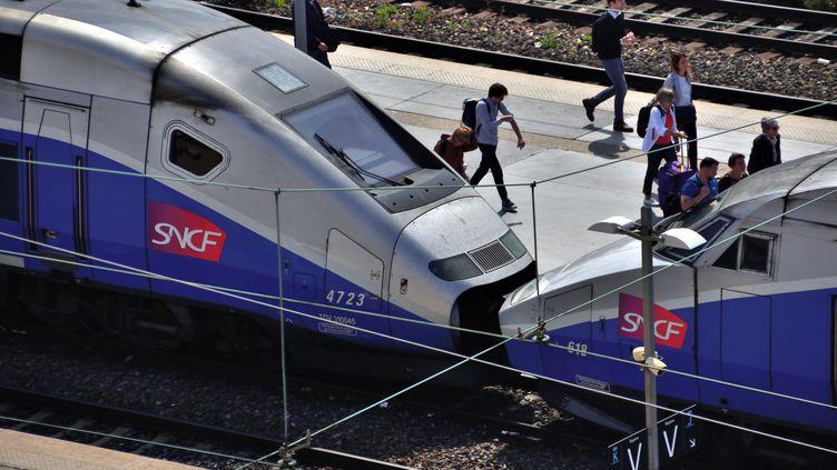 Des trains en gare de Marseille, le 28 mai 2018. (GERARD BOTTINO / CROWDSPARK / AFP)