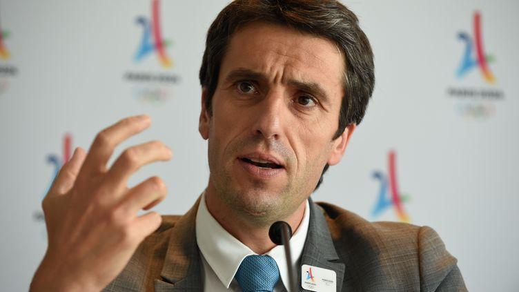 Le président du comité d'organisation de Paris-2024, Tony Estanguet. (ERIC PIERMONT / AFP)