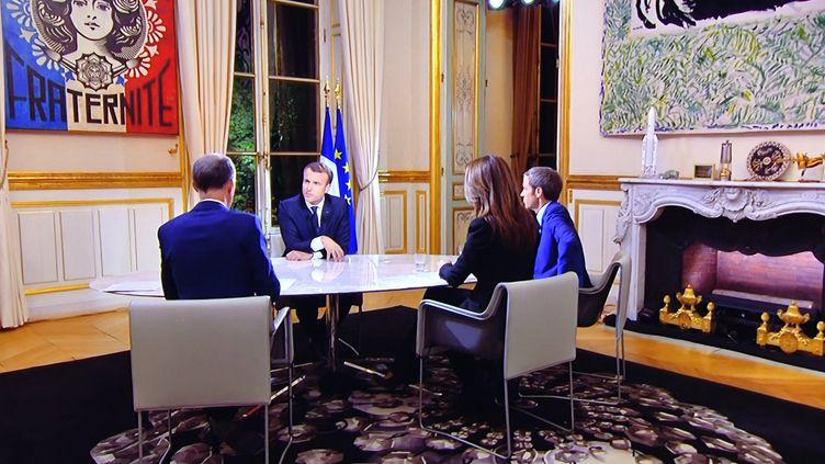 Interview d'Emmanuel Macron à l'Elysée, le 15octobre 2017. (MAXPPP)