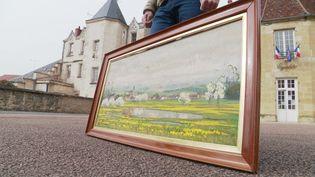 Des investigations sont menées pour déterminer l'histoire de la peinture retrouvée. (FRANCE 3)
