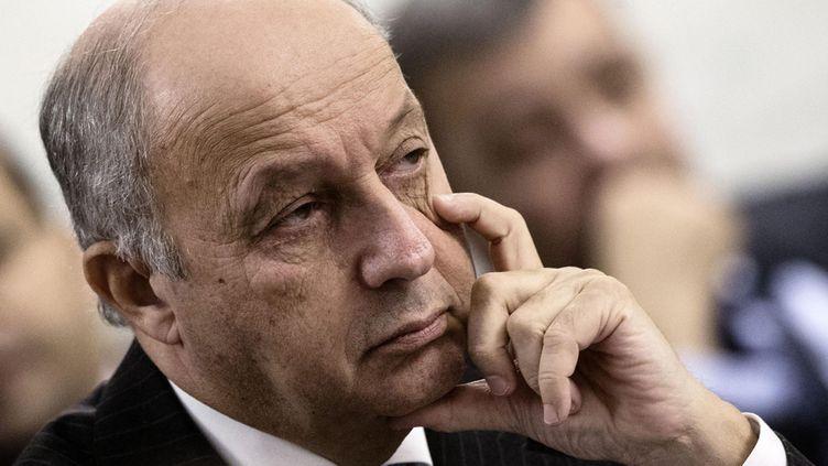 (Laurent Fabius a réclamé à Genève l'arrêt des frappes russes pour rendre à nouveau possible les négociations © MaxPPP)