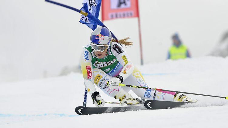 La skieuse américaine Lindsey Vonn lors du slalom géant de Solden, en Autriche, le 27 octobre 2012. (SAMUEL KUBANI / AFP)