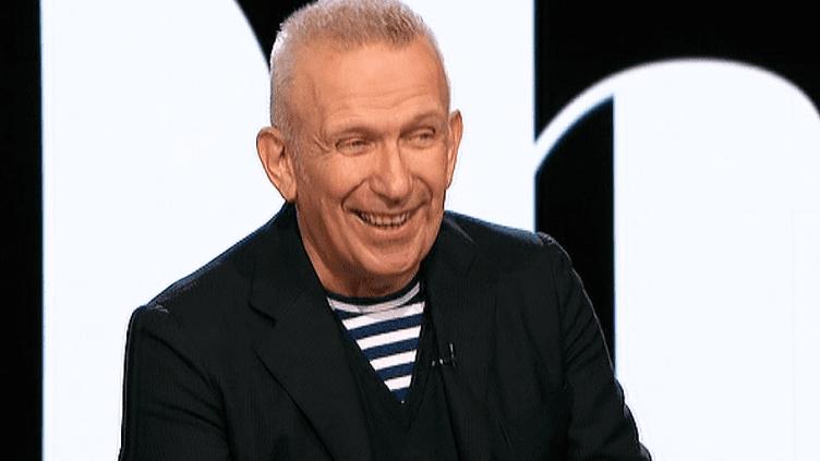 Le couturierJean Paul Gaultier sur le plateau de 20h30 le Dimanche - France 2  (France 2 / Culturebox)