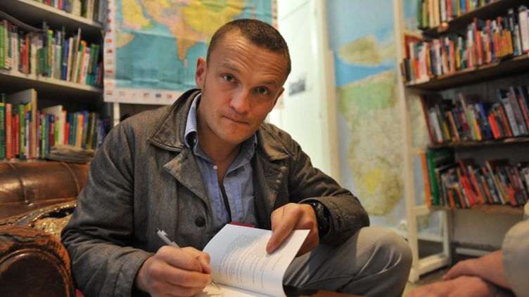 (L'écrivain Sylvain Tesson a été plongé de le coma artificiel. © MaxPPP)