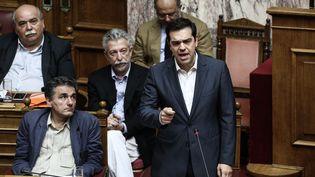 Alexis Tsipras, le Premier ministre grec, le 15 juillet 2015, au Parlement,à Athènes. (NICK PALEOLOGOS / SOOC)