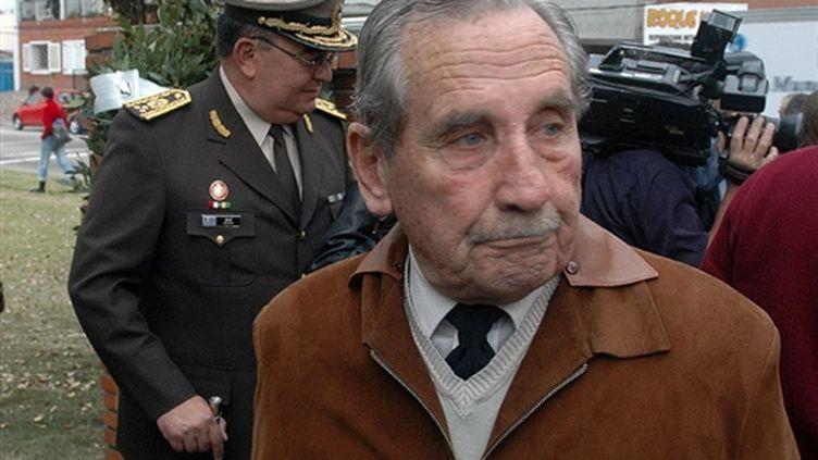 L'ancien dictateur uruguayen Gregorio Alvarez, en mai 2006 à Montevideo. (© AFP/PABLO PORCIUNCULA)