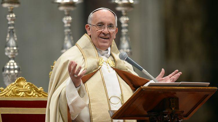 Le pape François, à la basilique Saint-Pierre de Rome, au Vatican, le 23 novembre 2013. (ANDREAS SOLARO / AFP)