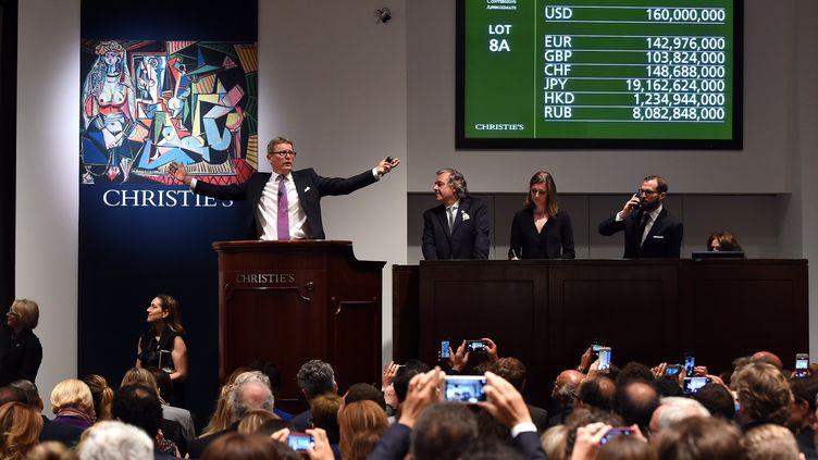 Vente aux enchères record chez Christie's le 11 mai 2015.  (TIMOTHY A. CLARY / AFP)
