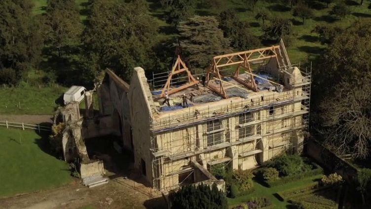 Loto du Patrimoine : une nouvelle toiture pour l'abbaye de Longues-sur-mer (FRANCE 3)