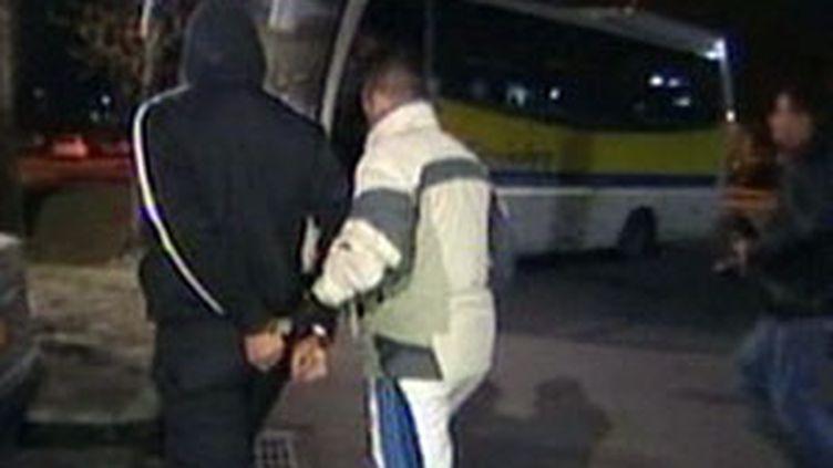 Interpellation d'un suspect à Grenoble après une violente agression (F2)
