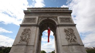Arc de Triomphe à Paris, en 2016. (OLIVIER BOITET / MAXPPP)