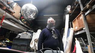 Franck Camus, gérant d'une société de feux d'artifice. Depuis mars 2020, il est privé d'activité par la crise sanitaire. (BENJAMIN  ILLY / RADIOFRANCE)
