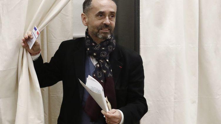 Le maire de Béziers (Hérault), Robert Ménard, le 15 mars 2020. (GUILLAUME HORCAJUELO / EPA)
