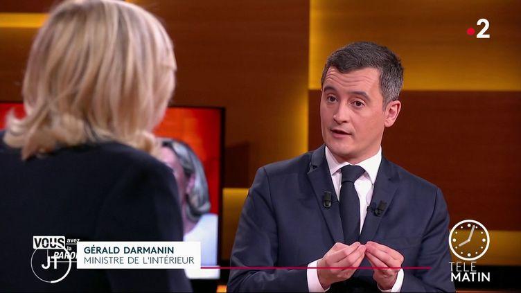 Sur France 2, jeudi 11 février, le ministre de l'Intérieur GéraldDarmaninfaisait face à Marine Le Pen, présidente du Rassemblement national. (France 2)