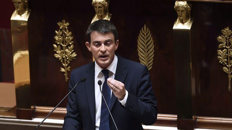 Manuel Valls s'adresse aux députés le 16 septembre 2014 demandant la confiance à l'Assemblée nationale pour la deuxième fois (ERIC FEFERBERG / AFP)