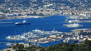 """Vue de Toulon, où exerçait """"la mère Teresa des HLM"""" (MOIRENC CAMILLE / HEMIS.FR / AFP)"""