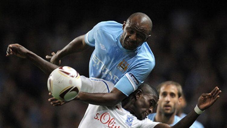 Patrick Vieira sur le terrain sous le maillot de City, un moment rare
