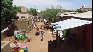 Une donatrice qui change le destin des enfants du Mali (ENVOYÉ SPÉCIAL  / FRANCE 2)