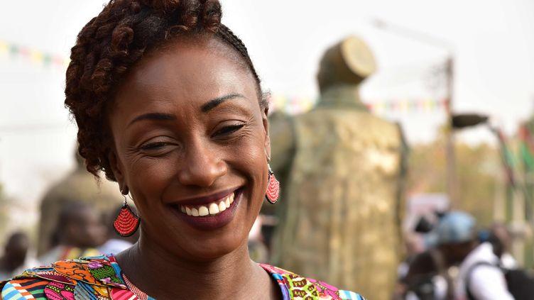 L'actrice franco-burkinabè Maïmouna N'Diaye, le 26 février 2017, lors d'une cérémonie d'hommage aux pionniers du cinéma africain pendant le Festival panafricain du cinéma et de la télévision de Ouagadougou (Fespaco) au Burkina Faso. (ISSOUF SANOGO / AFP)