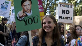 """""""La planète a besoin de toi"""" dit Greta Thunberg sur cette affiche qui parodie l'oncle Sam américain, le 20 septembre à Londres (ANDRES PANTOJA / SOPA IMAGES/SIP/SIPA / SIPA USA)"""