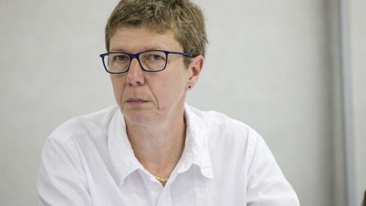 Mylène Jacquot, secrétaire générale de la CFDT Fonctions publiques, lors d'une conférence de presse le 18 mai 2018. (AURELIEN MORISSARD / MAXPPP)