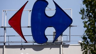 Carrefour devrait supprimer plus de 2 000 emplois à l'été 2018. (MAXPPP)