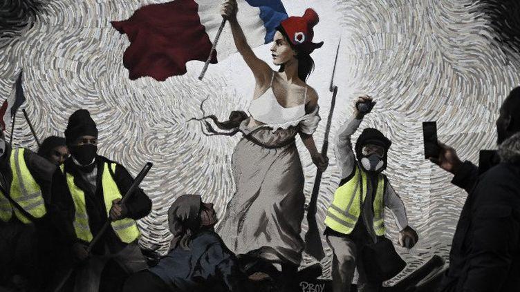 """Fresque """"Gilets jaunes"""" inspirée de Delacroix PBOY (pour Pascal Boyart) (janvier 2019)  (PHILIPPE LOPEZ / AFP)"""