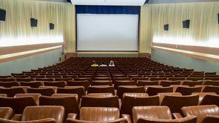 Uun cinéma deTalmont-Saint-Hilaire (Vendée), le 29 juillet 2021. (MAGALI COHEN / HANS LUCAS / AFP)