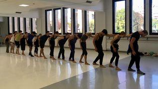 Répétition du CCN Malandain Ballet dans les studios de la gare du Midi à Biarritz (Valérie Gaget)