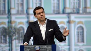 Alexis Tsipras, le Premier ministre grec, à Saint-Petersbourg (Russie), le 19 juin 2015. (ALEXEI DANICHEV / RIA NOVOSTI / AFP)