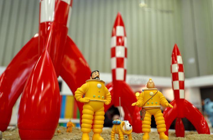 Des jouets à l'effigie de Tintin et Haddock vendus lors de la foire du jouet de Nuremberg, le 31 janvier 2018. (PICTURE ALLIANCE / PICTURE ALLIANCE / GETTY IMAGES)