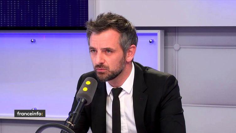 """Florian Bachelier, premier questeur de l'Assemblée nationaleetdéputé La République en marche d'Ille-et-Vilaine, était l'invité de """"Tout est politique"""" sur franceinfo mercredi 25 avril. (FRANCEINFO)"""