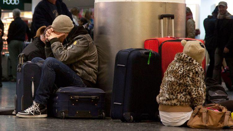 (Parmi les galères de vol : les retards et le surbooking © Maxppp)