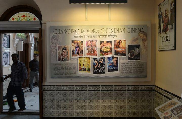 Posters de films à l'intérieur du musée du cinéna à Mumbai (janvier 2014)  (INDRANIL MUKHERJEE / AFP)