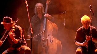 Bratsch, ici sur scène à Clermont-Ferrand, a entamé sa dernière tournée.  (France 3)
