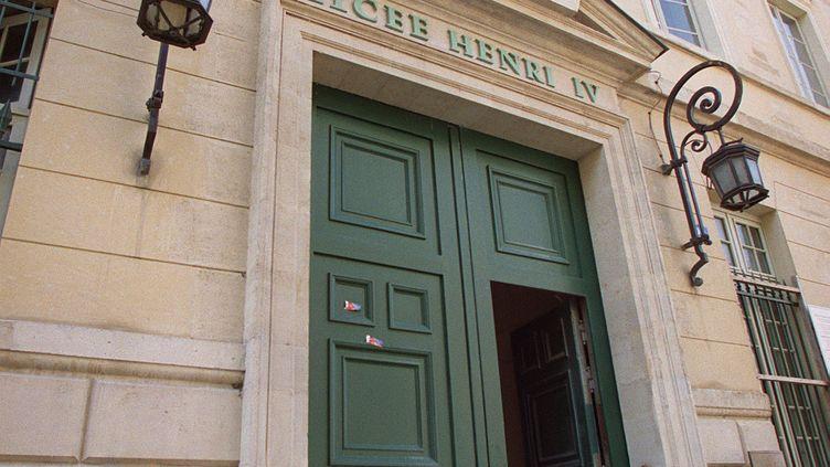 L'entrée du lycée Henri IV, l'une des plus prestigieuses prépas de France. (JEAN-PIERRE MULLER / AFP)
