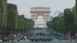 14-Juillet : avant le défilé, des répétitions sur les Champs-Elysées (France 3)