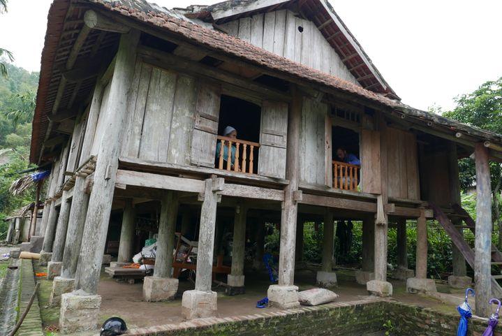 Une maison typique de Xom Hai. Les touriste de passage ont droit à unebalade à travers le village, et à une rencontre avec les familles. (EMMANUEL LANGLOIS)