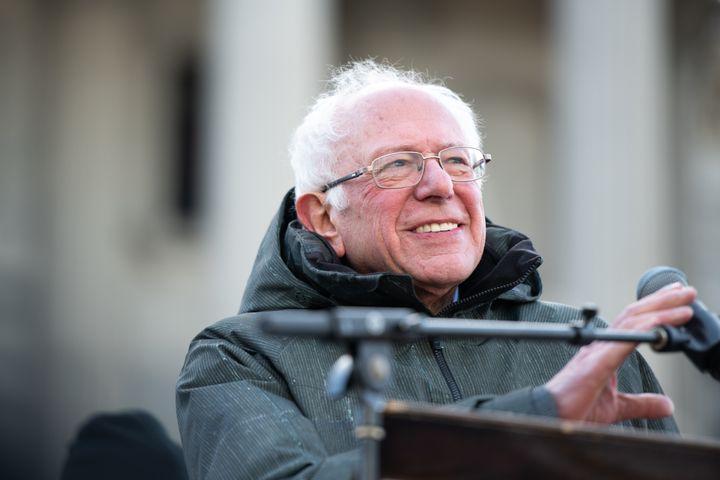 Bernie Sanders prend la parole à l'occasion des célébrations du Martin Luther King Day, à Columbia (Caroline du Sud), le 20 janvier 2020. (SEAN RAYFORD / GETTY IMAGES NORTH AMERICA / AFP)
