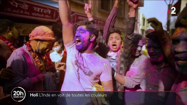 """Inde : des milliers de festivaliers rassemblés pour célébrer """"Holi"""""""