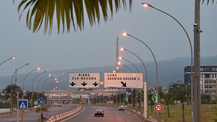 Une autoroute dans la ville moderne de Malabo II, extension de la capitale historique de la Guinée équatoriale Malabo, le 25 janvier 2015. (ISSOUF SANOGO / AFP)