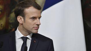 Emmanuel Macron lors d'une conférence de presse à Rome, en Italie, le 11 janvier 2018. (ANDREAS SOLARO / AFP)