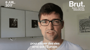 Des militants identitaires veulent empêcher l'entrée des migrants en Europe (Brut)