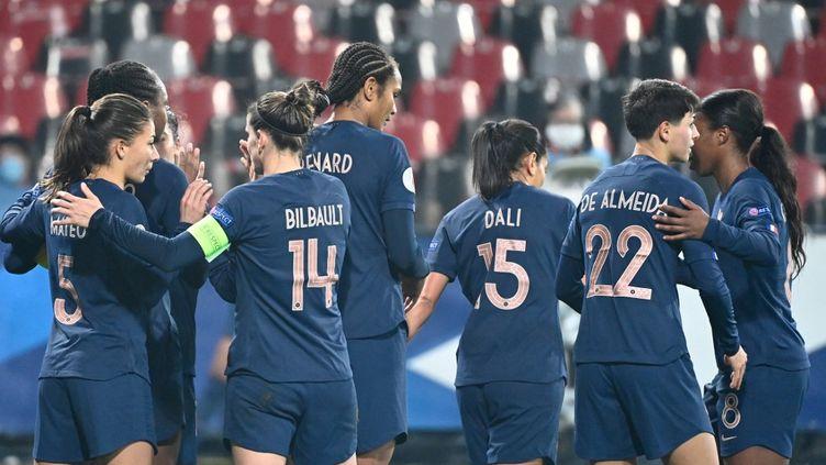 Les Bleues se sont qualifiées pour l'Euro 2022. (DAMIEN MEYER / AFP)