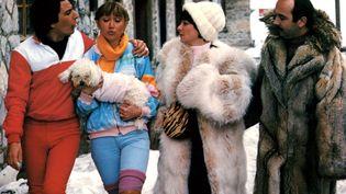 """Christian Clavier, Gerard Jugnot, Josiane Balasko et Marie-Anne Chazel dans """"Les bronzés font du ski"""" de Patrice Leconte (1979) (JEAN PIERRE FIZET / AFP)"""