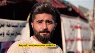 La jeunesse d'Irak fait sa révolution et ça passe aussi par les coupes de cheveux (FRANCEINFO)