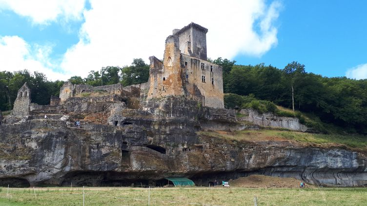 Le château de Commarque en Dordogne. (LAURENCE MÉRIDE / FRANCE-BLEU PÉRIGORD)