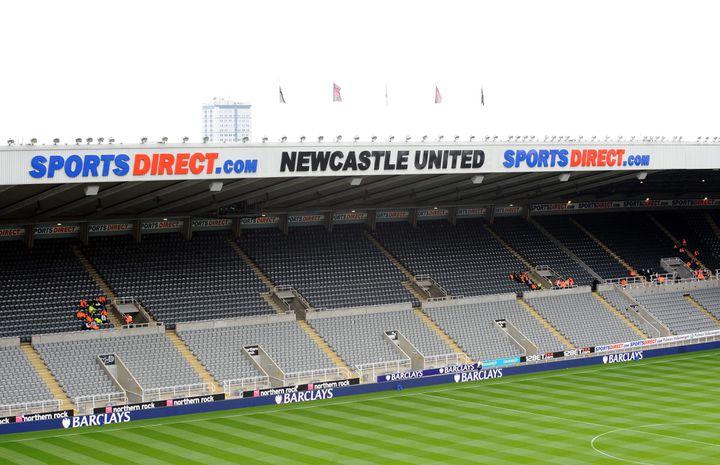 L'ancien stade Saint James' Park de Newcastle (Royaume-Uni), rebaptisé SportsDirect.com Stadium, en septembre 2011. (MICHAEL MAYHEW / MAXPPP)