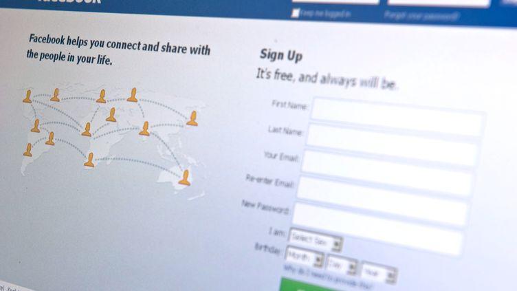 La page d'accueil de Facebook, le 30 août 2010. (NICHOLAS KAMM / AFP)